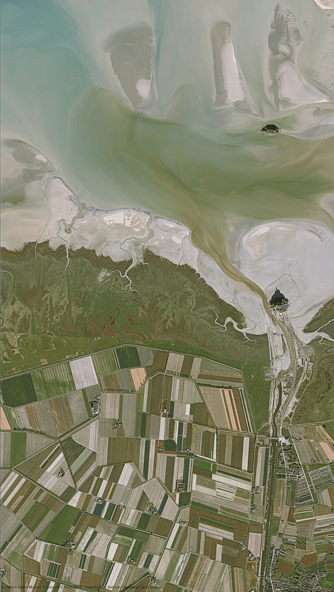r4937_39_satellite_image_pleiades_mont-saint-michel_france_2012-2