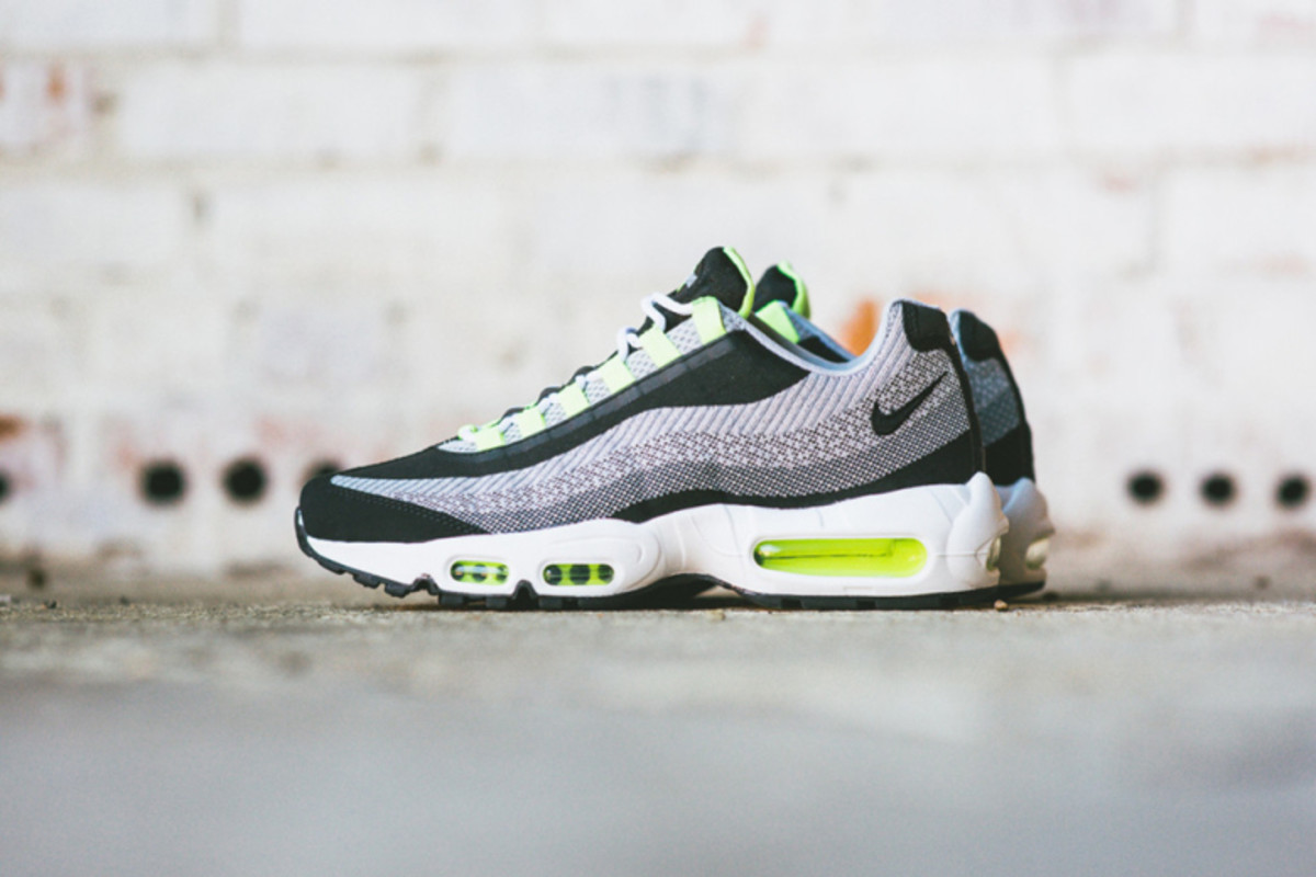 a-further-look-at-nike-air-max-jacquard-pack-1