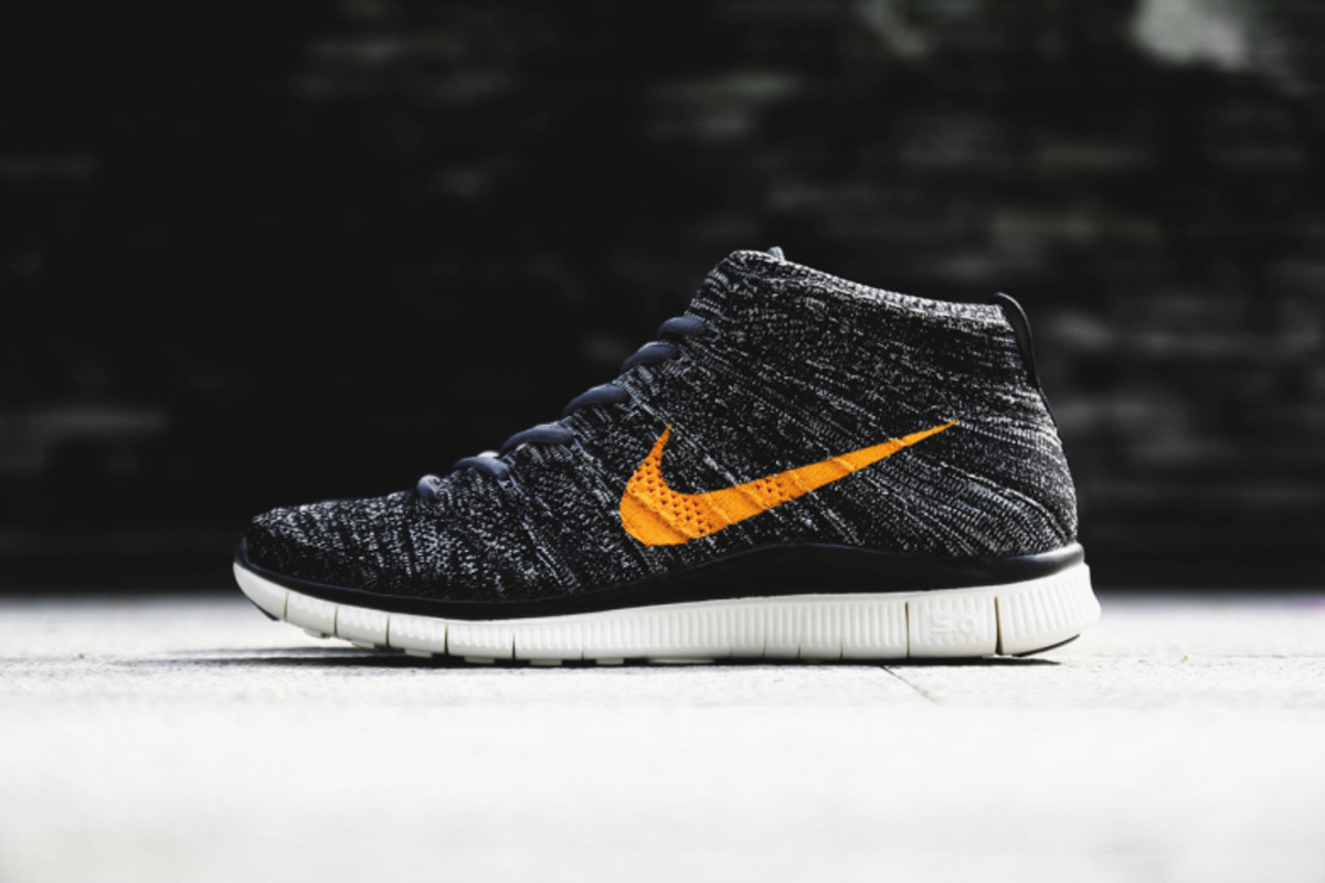 22 Different Pairs Of Nike Free Flyknit Chukka's You'll Love Airows