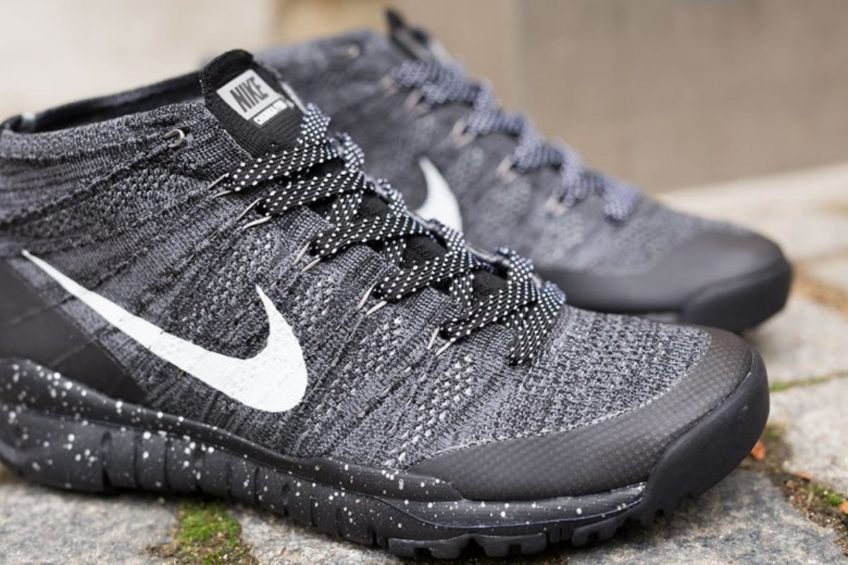 nike-flyknit-chukka-trainer-fsb-light-charcoal-2