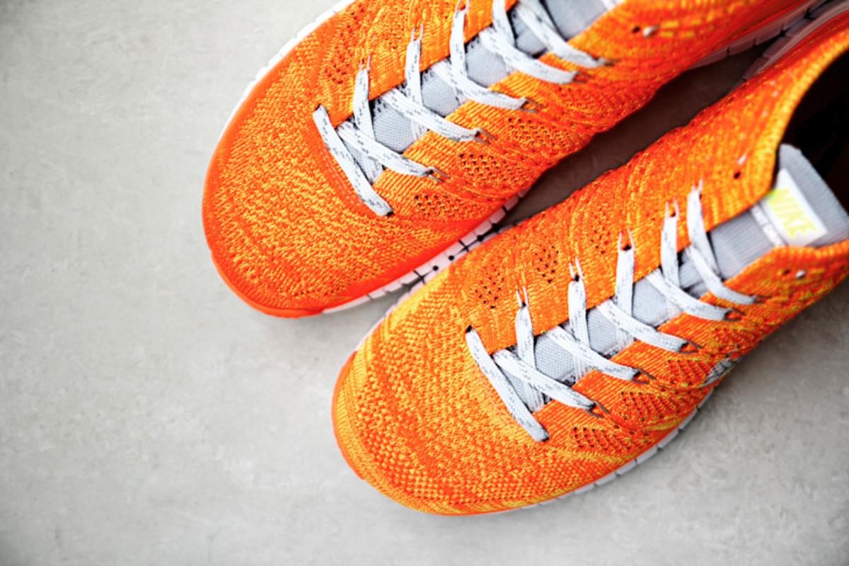 nike-free-flyknit-chukka-orange-volt-2