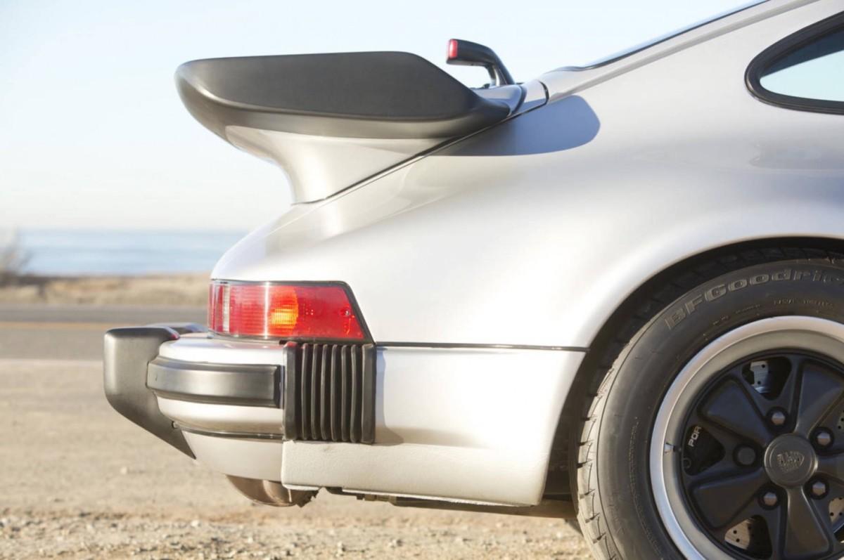 Porsche-911-Turbo-15-1480x983