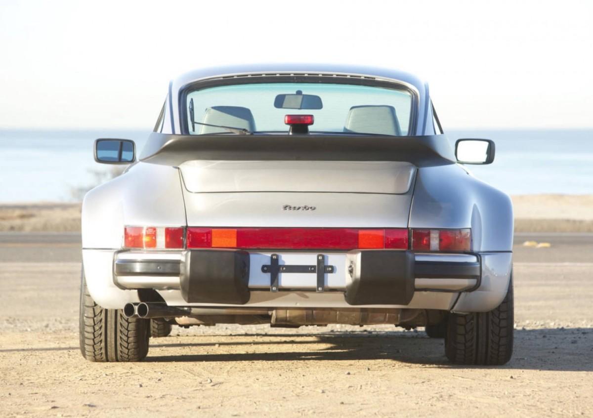 Porsche-911-Turbo-18-1480x1043
