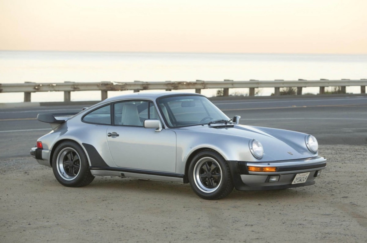 Porsche-911-Turbo-13-1480x980