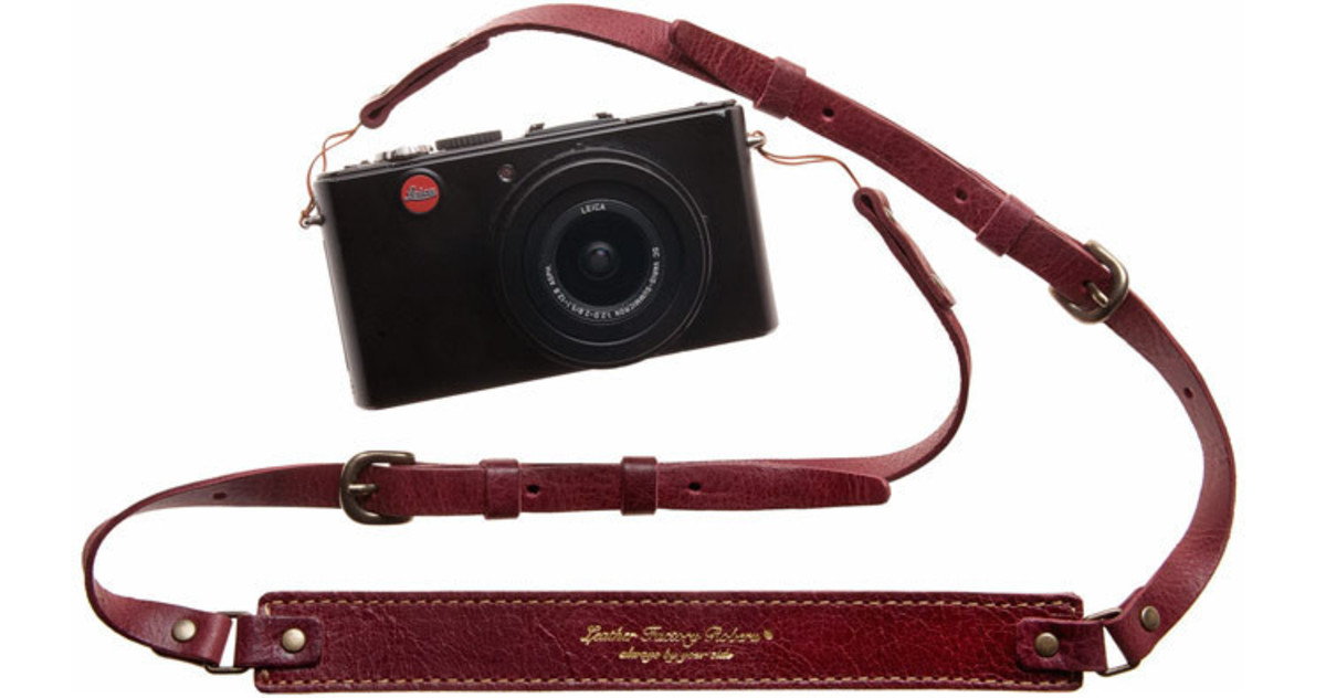 roberu-leather-strap-red-camera_1024x1024