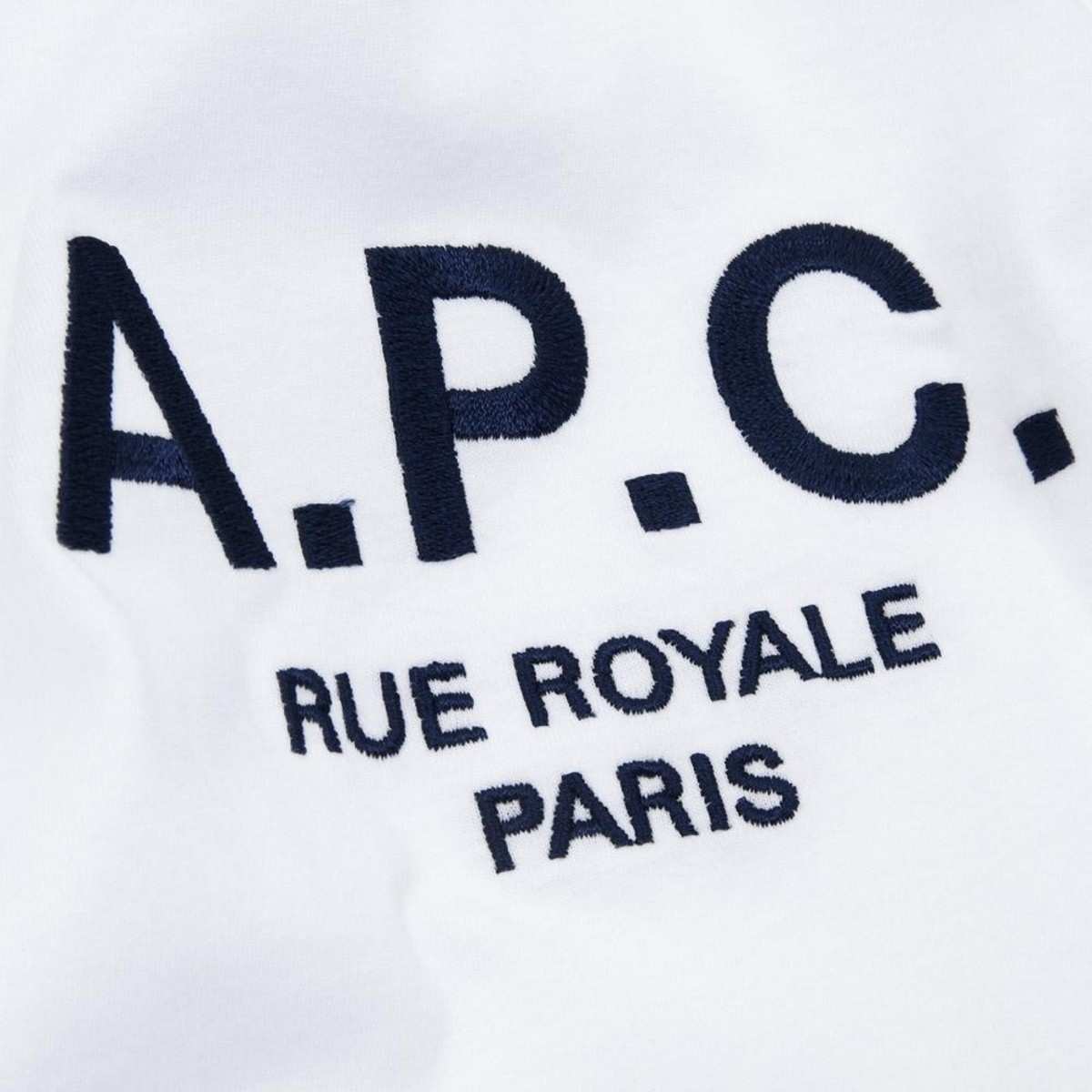 20-12-2012_apc_rueroyaltee_marine4