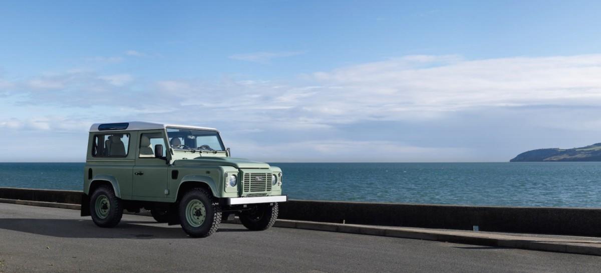 Land-Rover-Defender-Heritage-6-1480x674