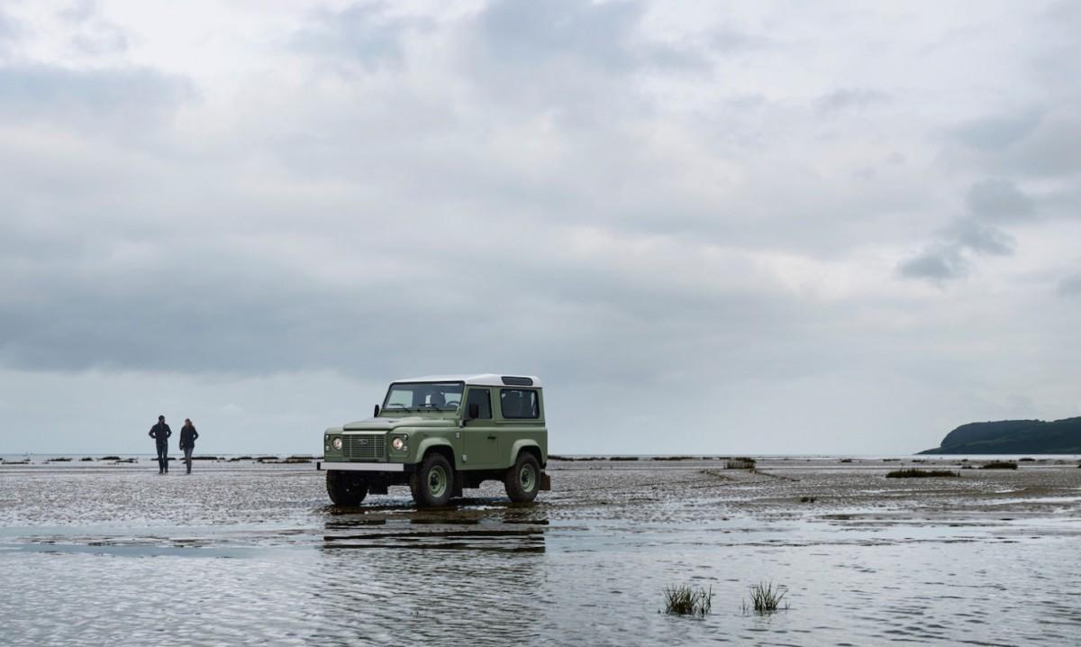 Land-Rover-Defender-Heritage-2-1480x886