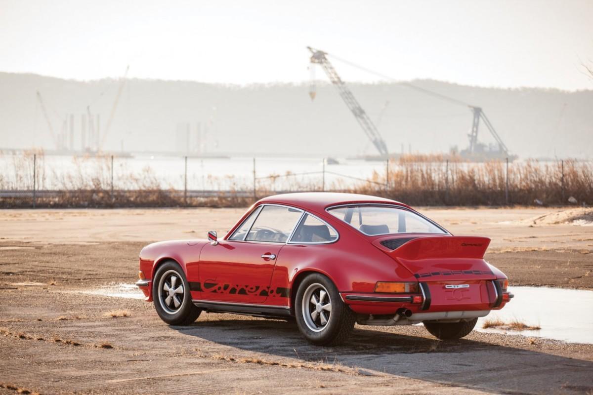 Porsche-911-RS-2-1480x987