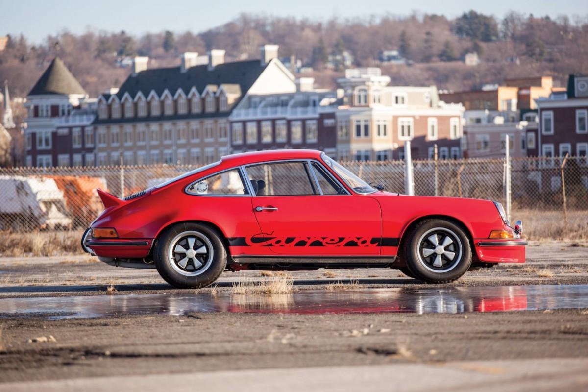 Porsche-911-RS-17-1480x987