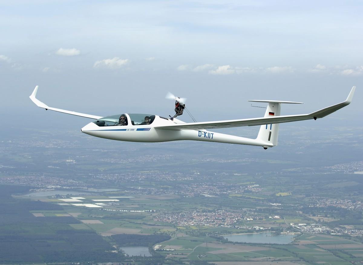 motorised glider