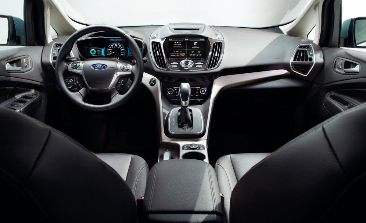 2013-ford-c-max-hybrid-interior-photo-471109-s-1280x782