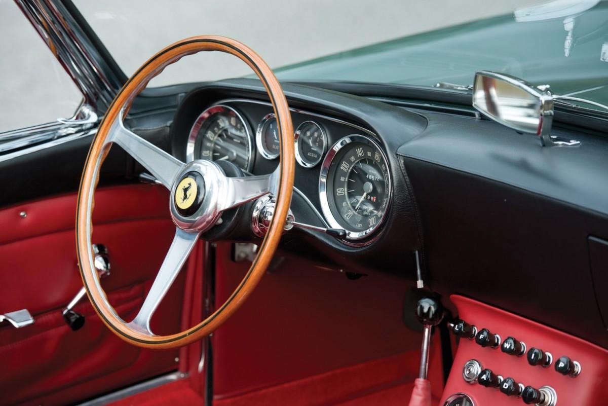 Ferrari-400-Superamerica-18-1480x988