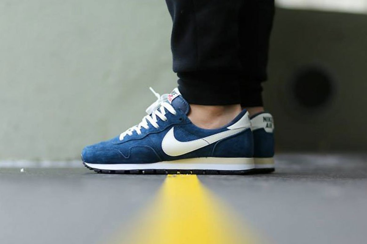 nike-air-pegasus-83-pigskin-leather-squadron-blue-1
