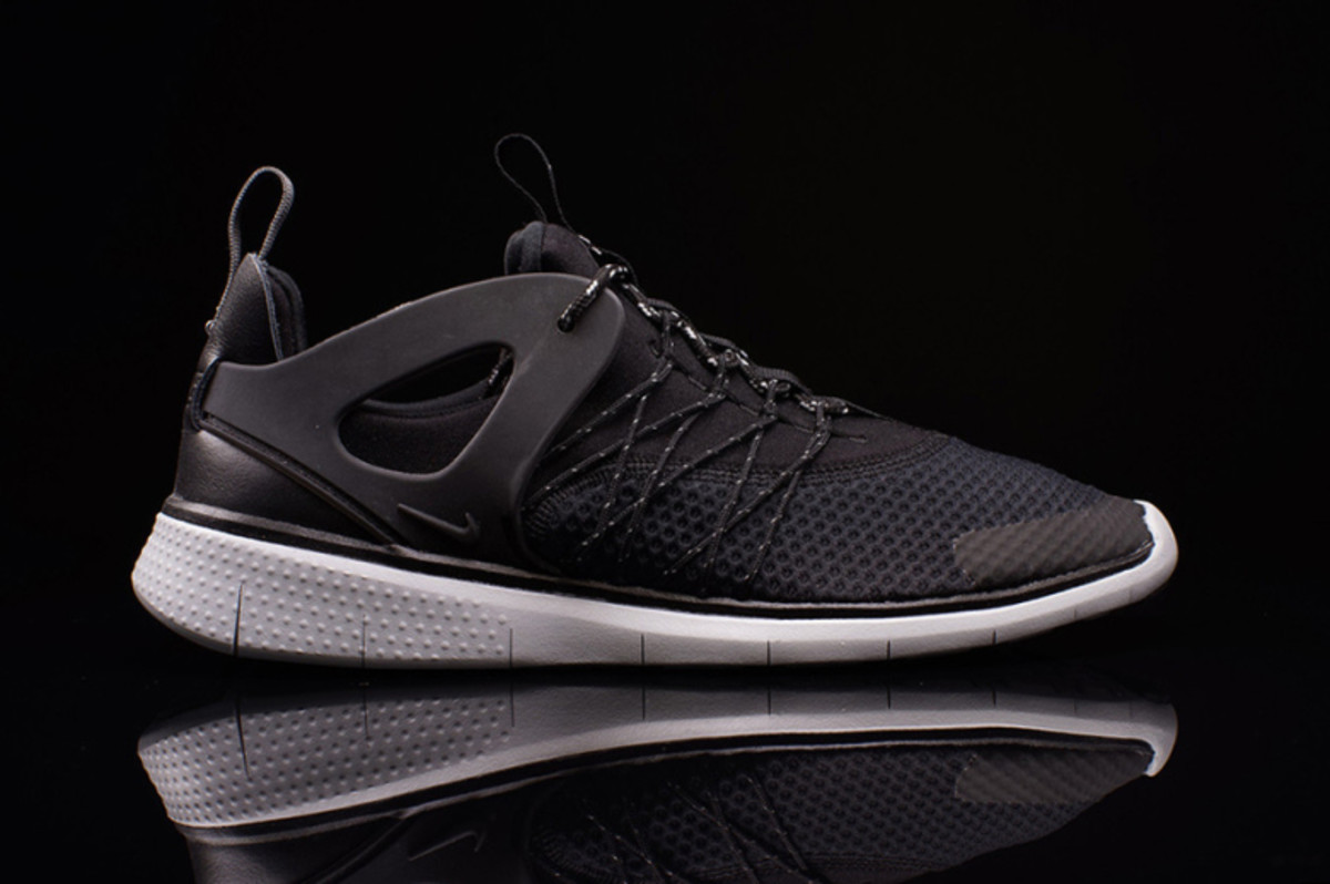 nike-unveils-a-huarache-inspired-free-running-shoe-1