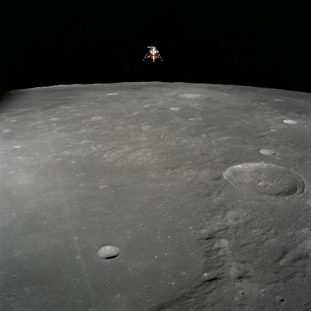 LEM-Descend-Apollo-12-Gear-Patrol