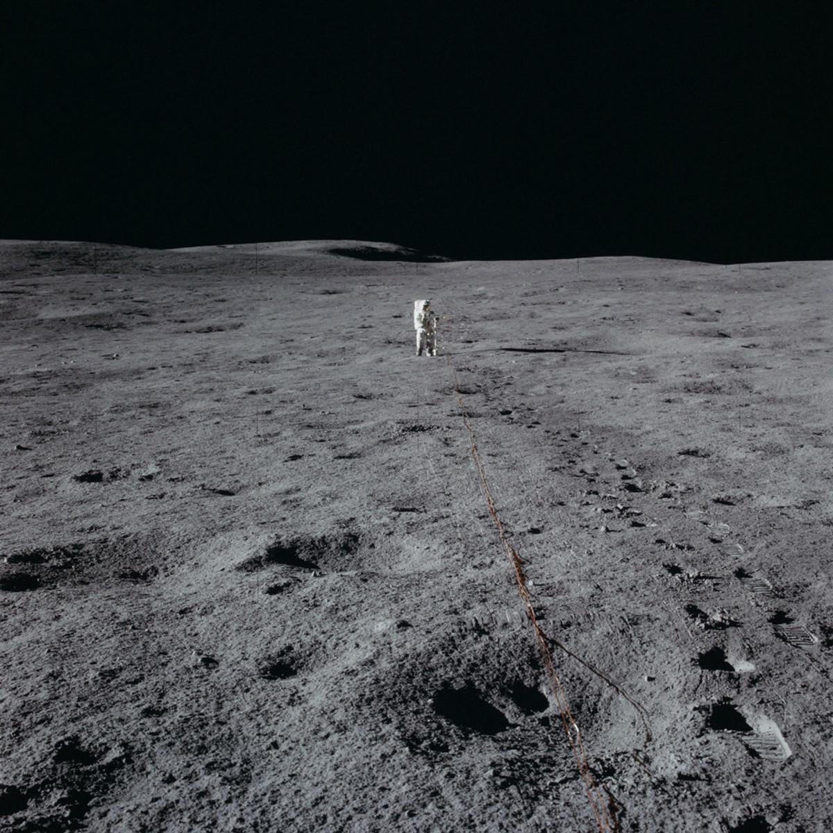 Apollo-14-Astro-Wide-Gear-Patrol