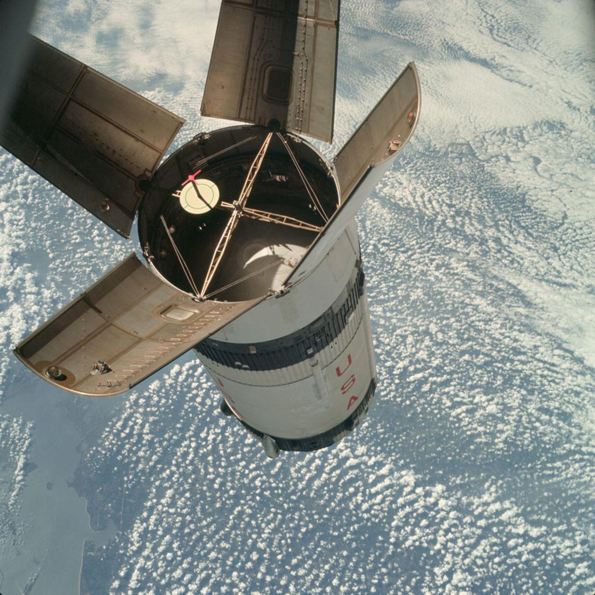 Apollo-7-Docking-Practice-gear-patrol