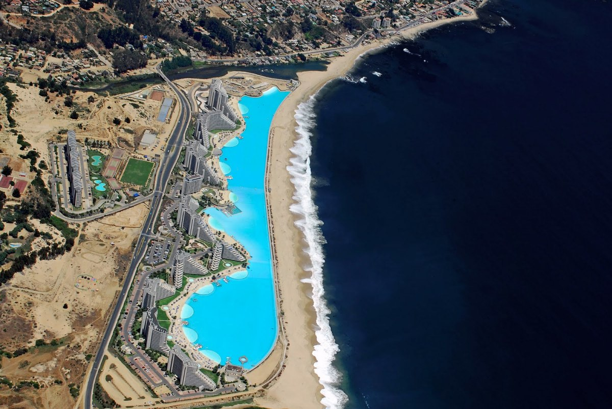 Largest Swimming Pool 01