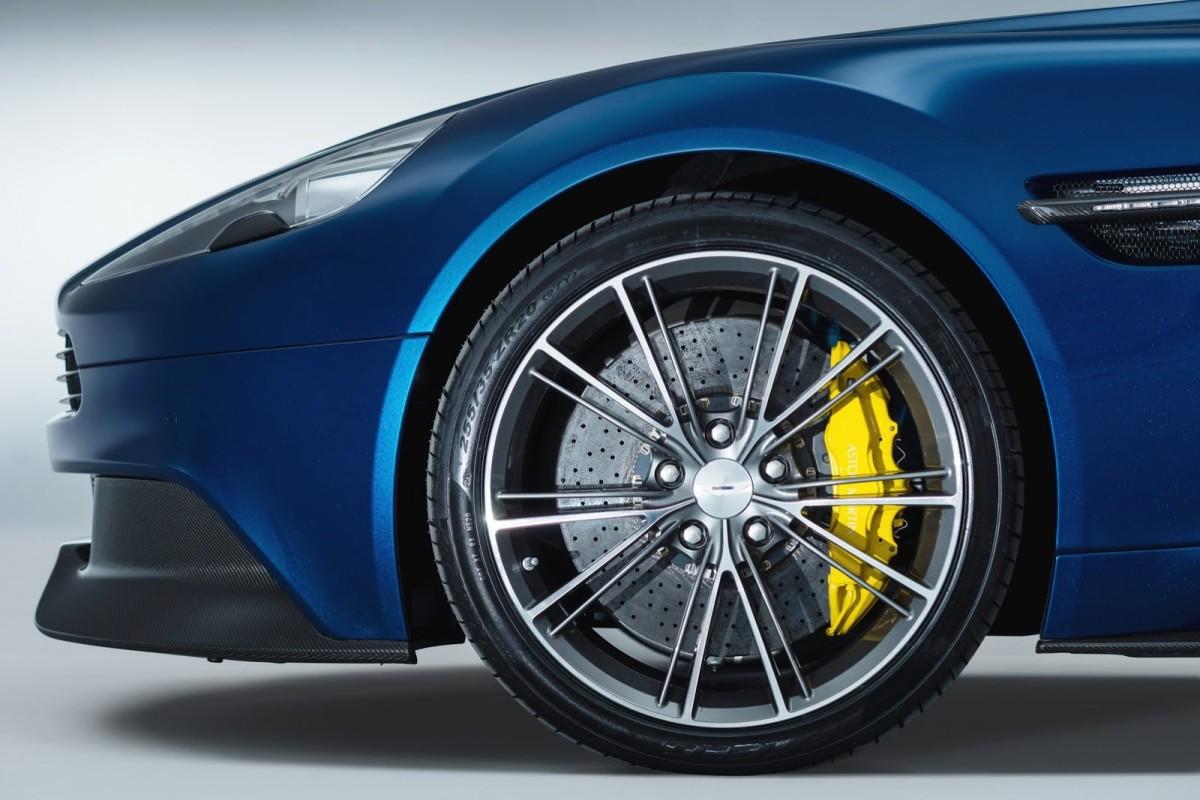 New-Aston-Martin-Vanquish-Volante-6[2]