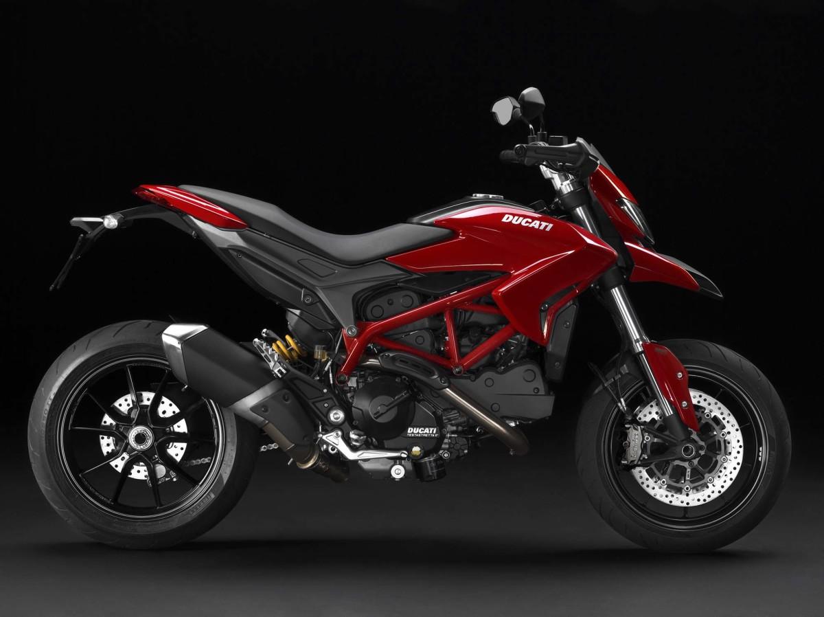 2013-Ducati-Hypermotard-02