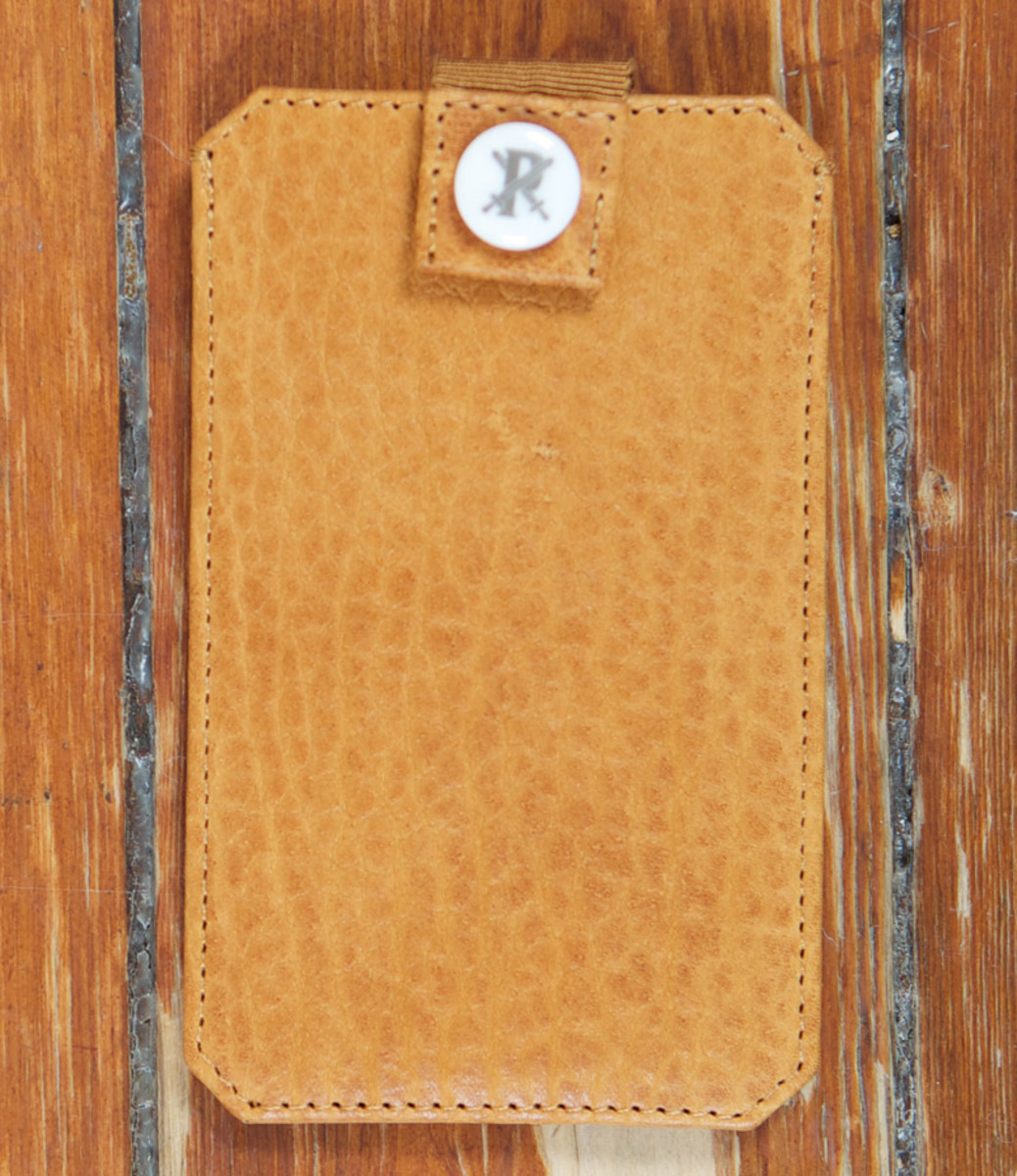 parabellum-fw12-iphone-sleeve-pumpkin-1