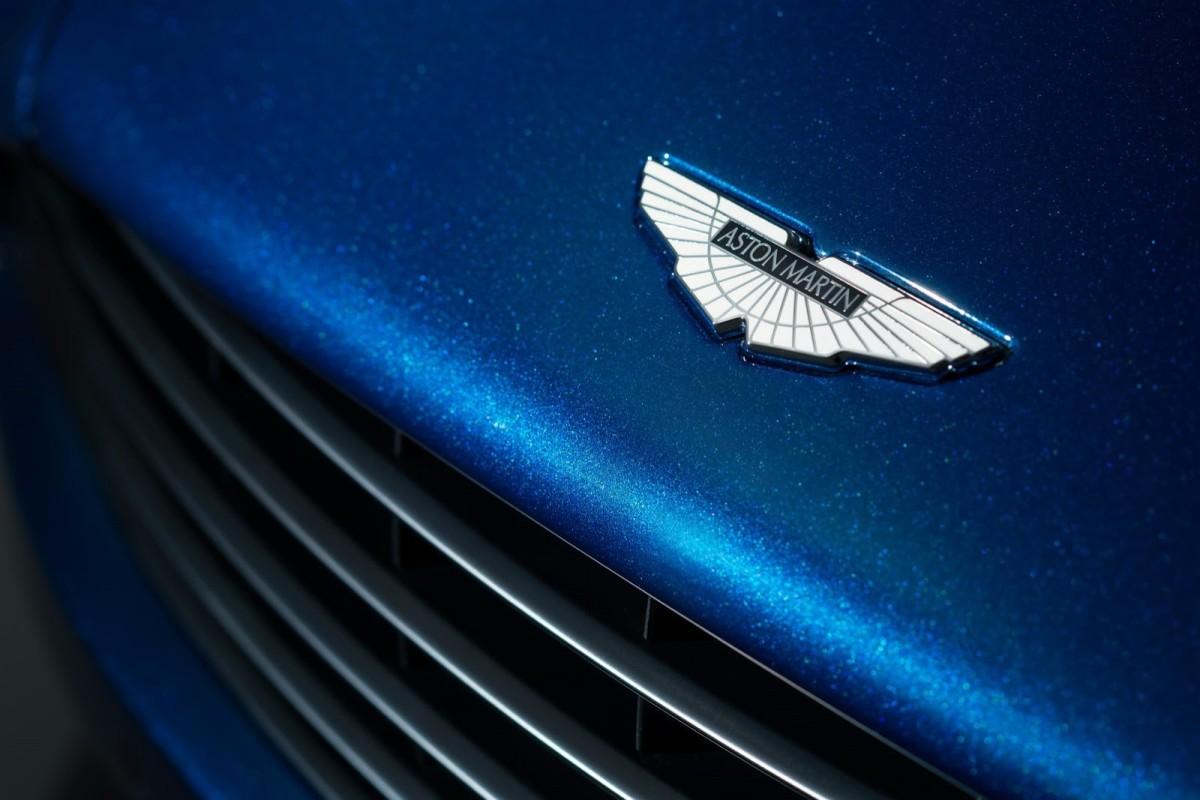 New-Aston-Martin-Vanquish-Volante-4[2]