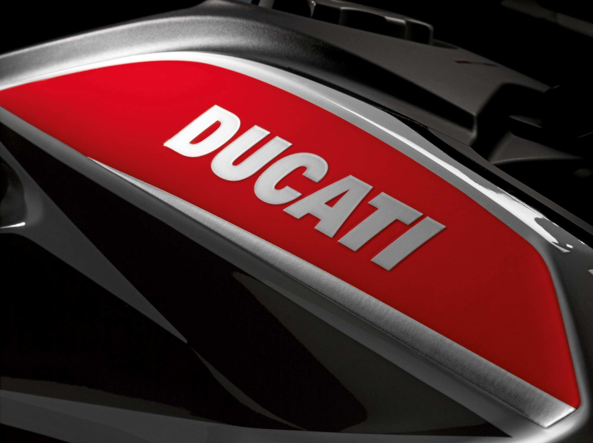 2013-ducati-hypermotard-sp-eicma-05