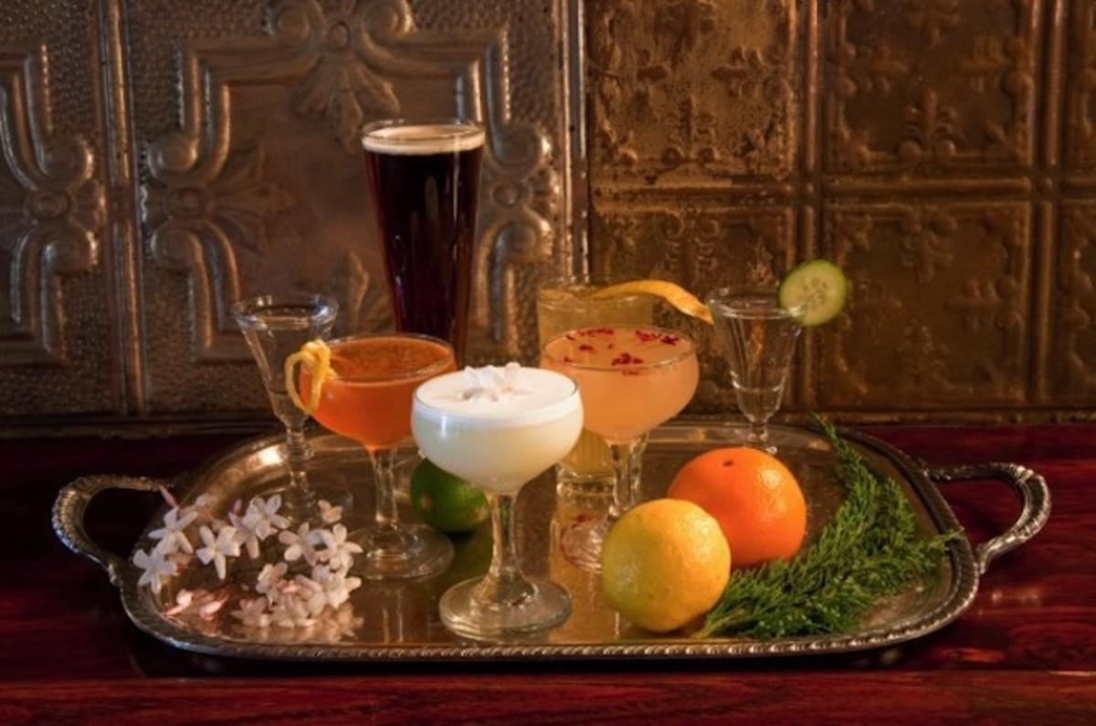 hotel-juniper-cocktail-1-web-608x0