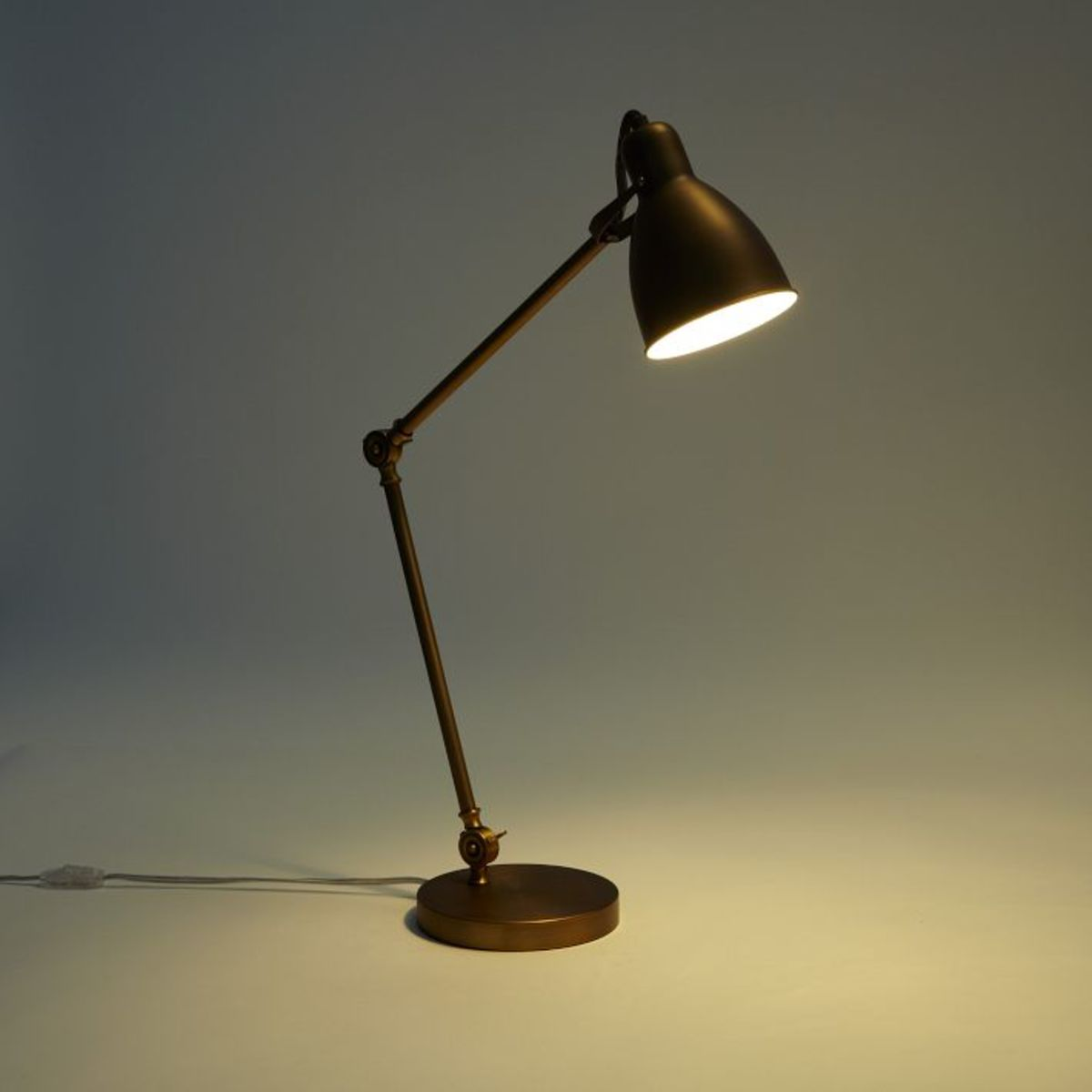 Industrial Task Table Lamps - Airows