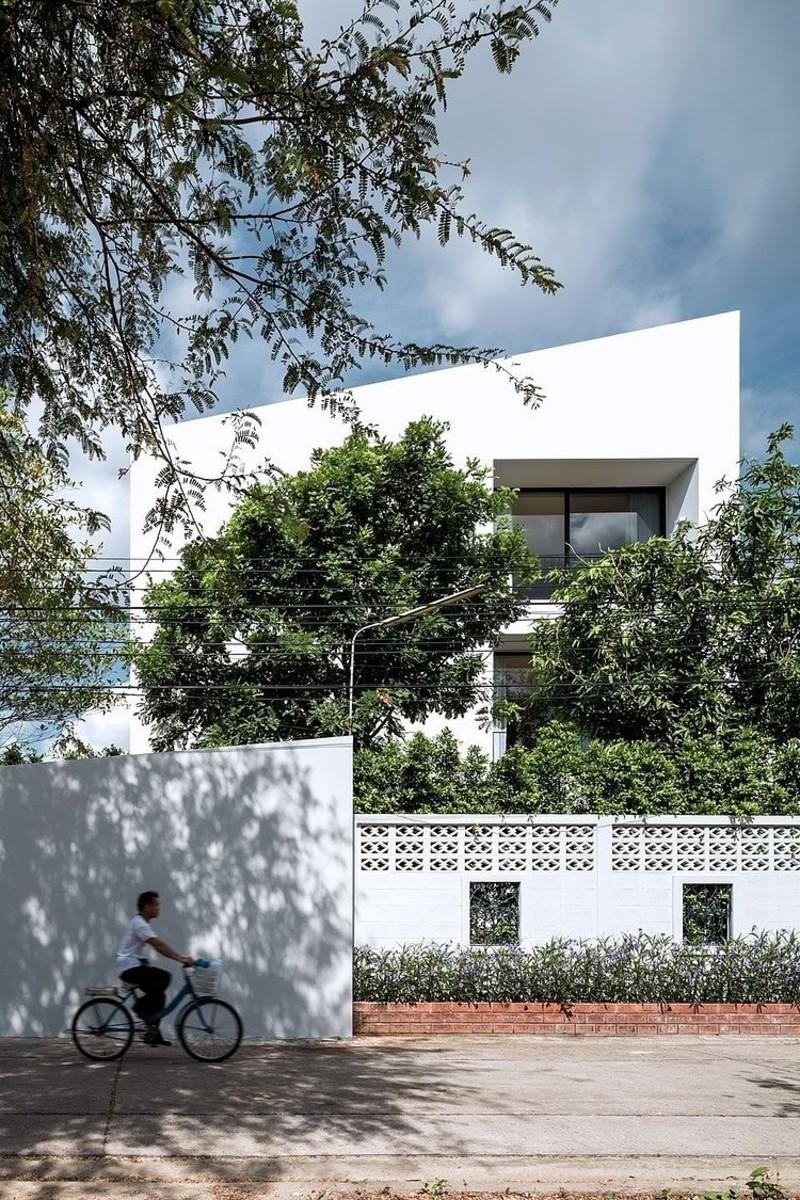 001-baan-moom-residence-integrated-field