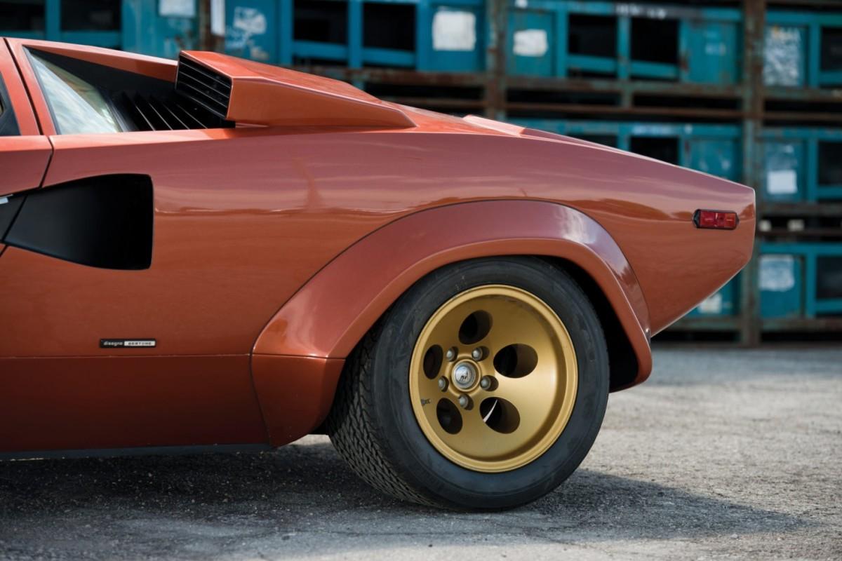 Lamborghini_Countach_LP400S_7-1480x987