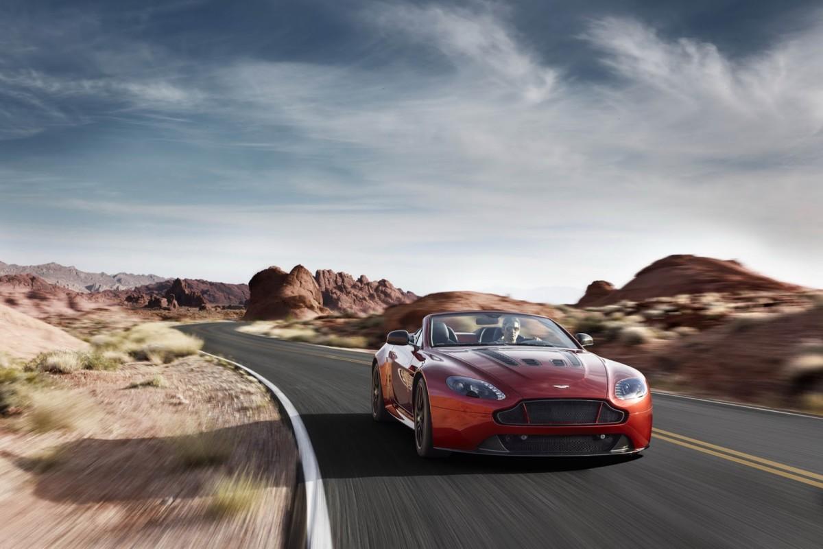 Aston-Martin-Vantage-S-Roadster-3
