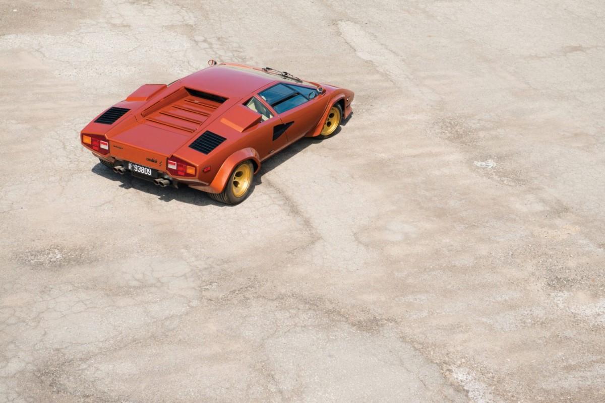 Lamborghini_Countach_LP400S_14-1480x987