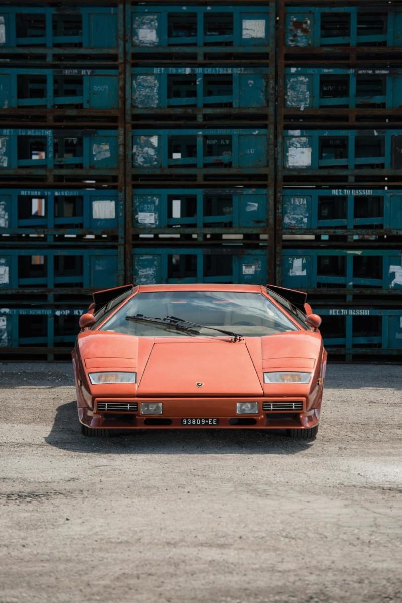 Lamborghini_Countach_LP400S_8-1480x2217