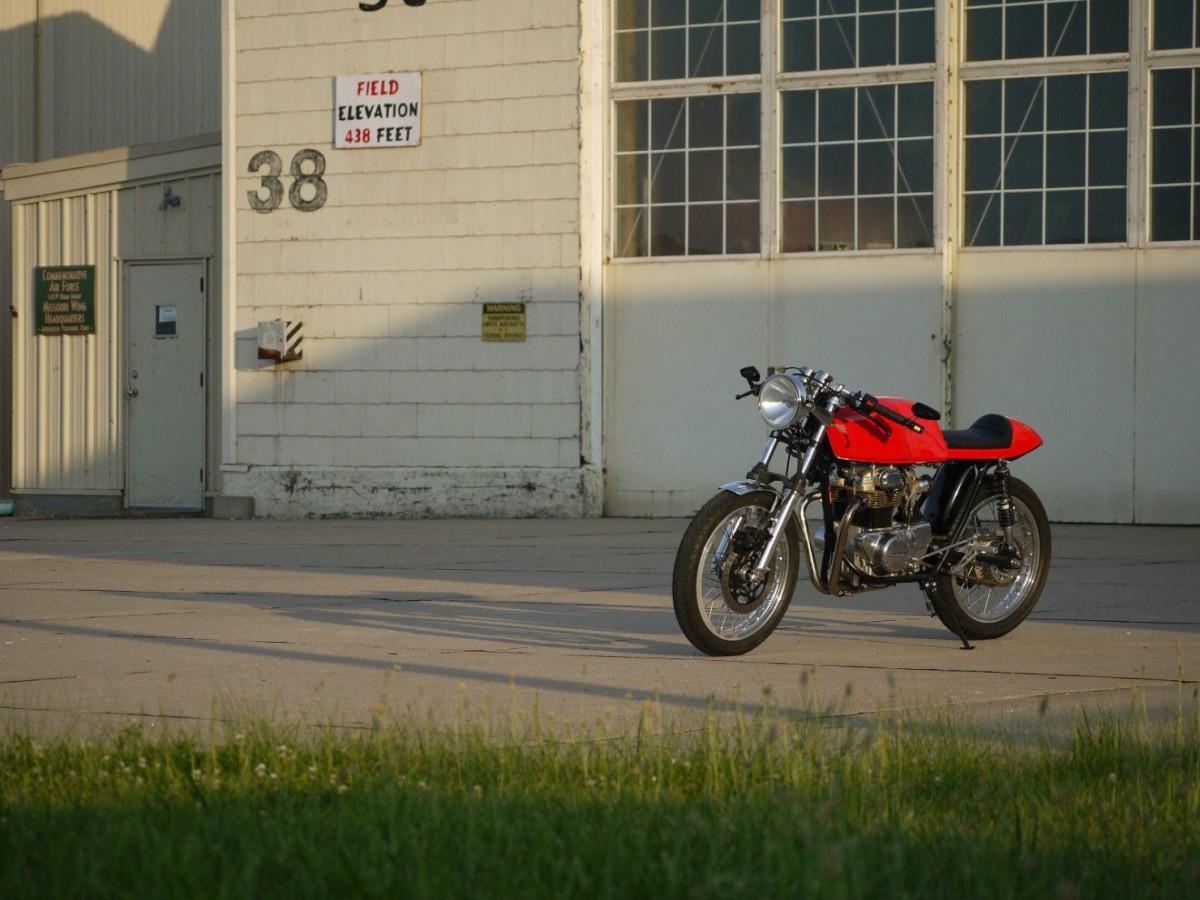 Honda_CB350_Cafe_Racer_5-1480x1110