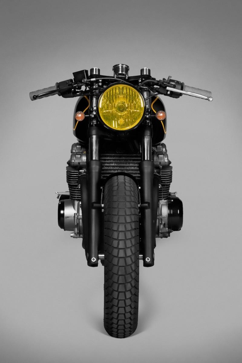 Kawasaki-Zephyr-750-6-740x1110