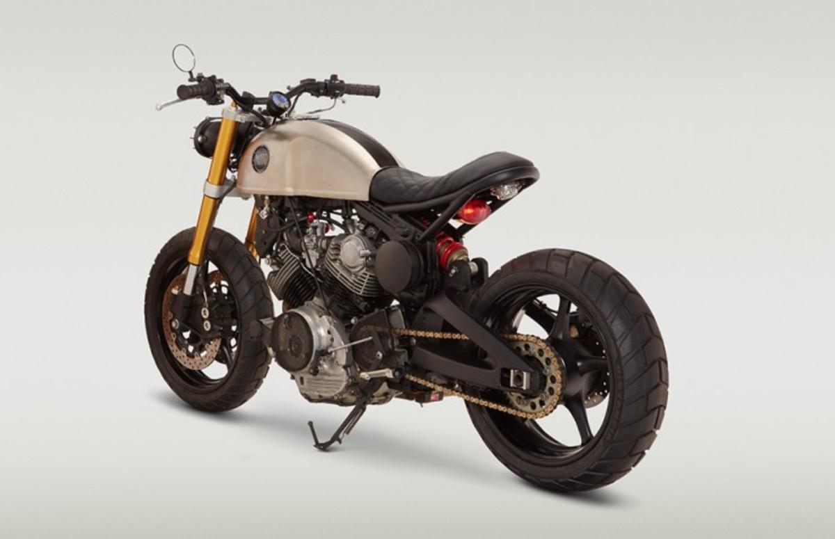 Norman-Reedus-Motorcycle-3-740x478