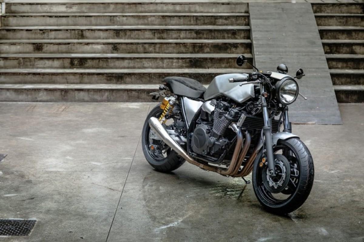 Yamaha-XJR1300-5-740x493