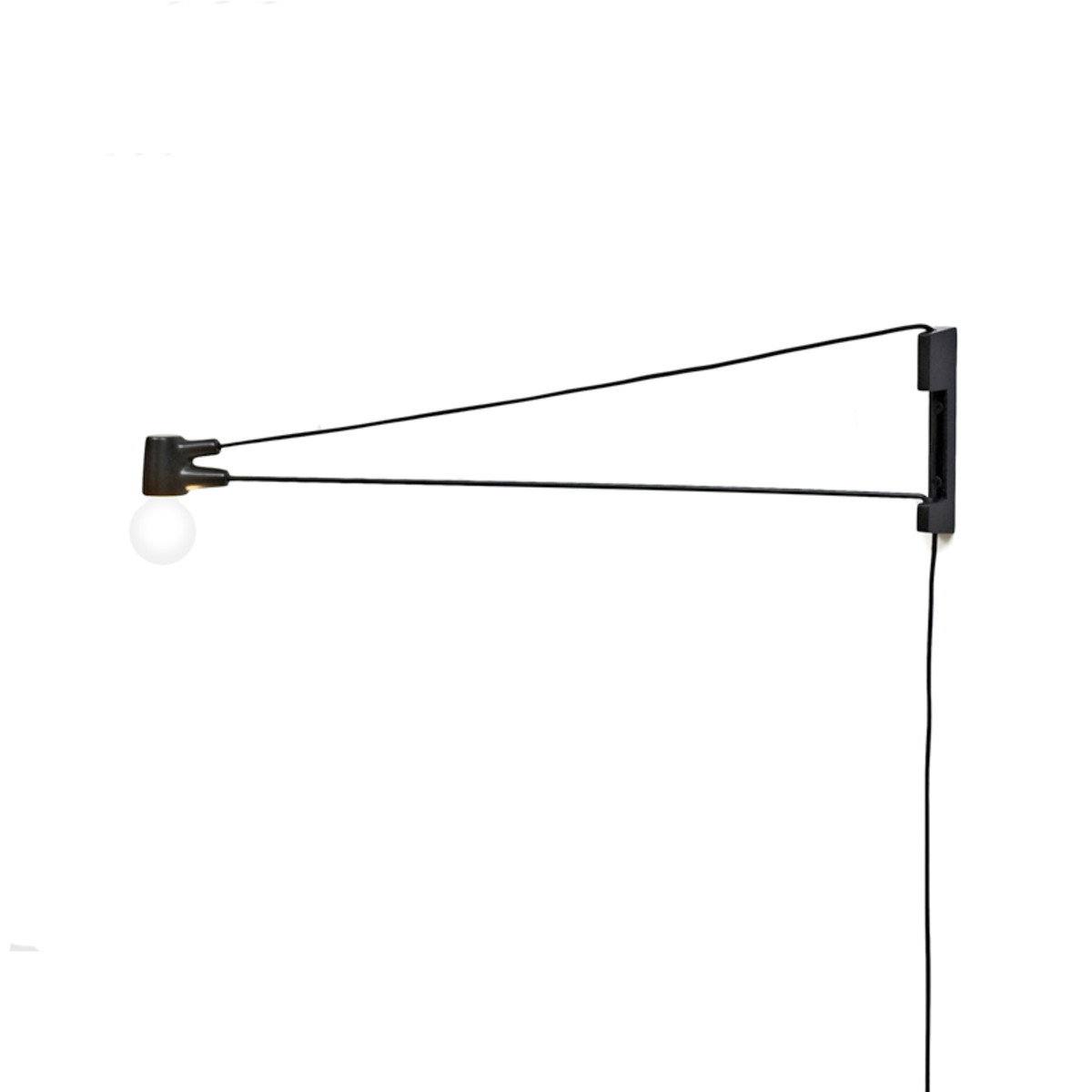 Cord-Lamp-Brendan-Ravenhill-TRNK