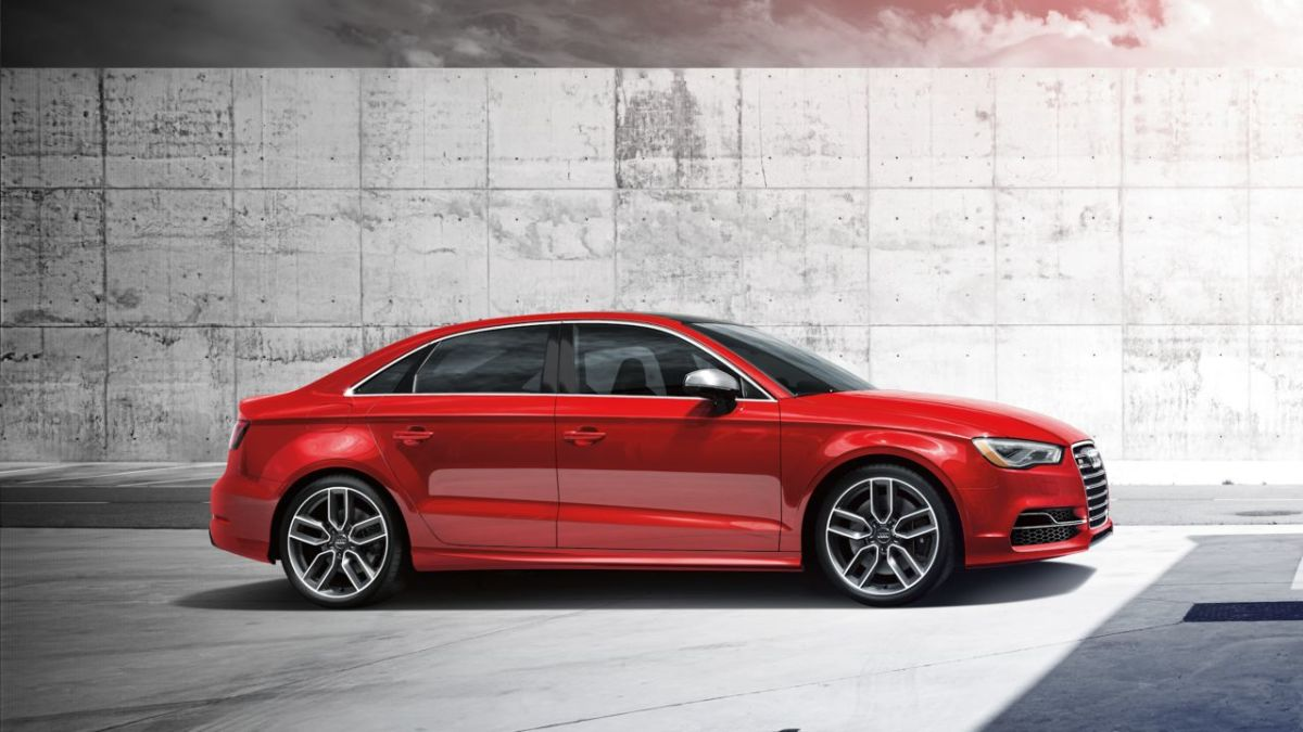 2015-Audi-S3-Sedan-beauty-exterior-02-retouched-072914