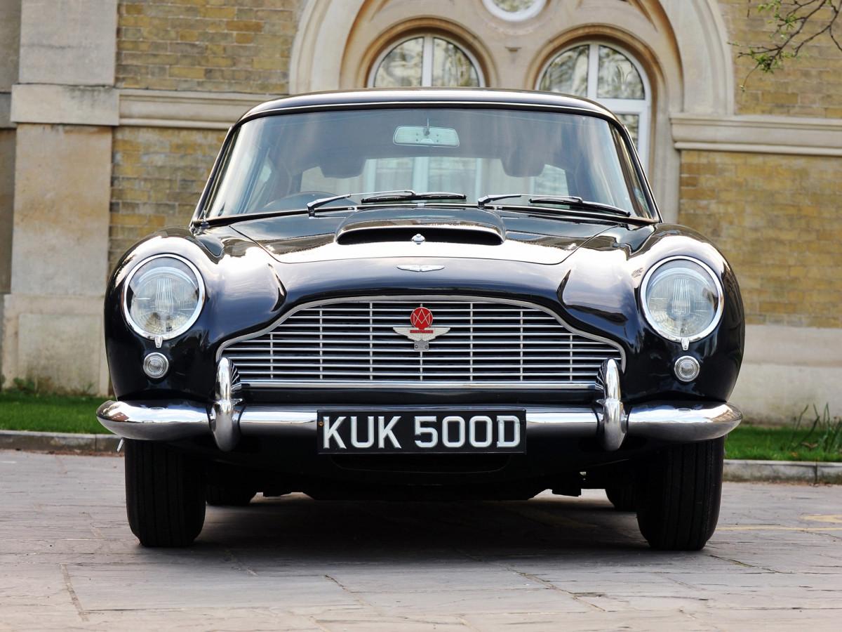 1965_Aston_Martin_DB5_Vantage_Shooting_Brake_by_Harold_Radford_008_0806