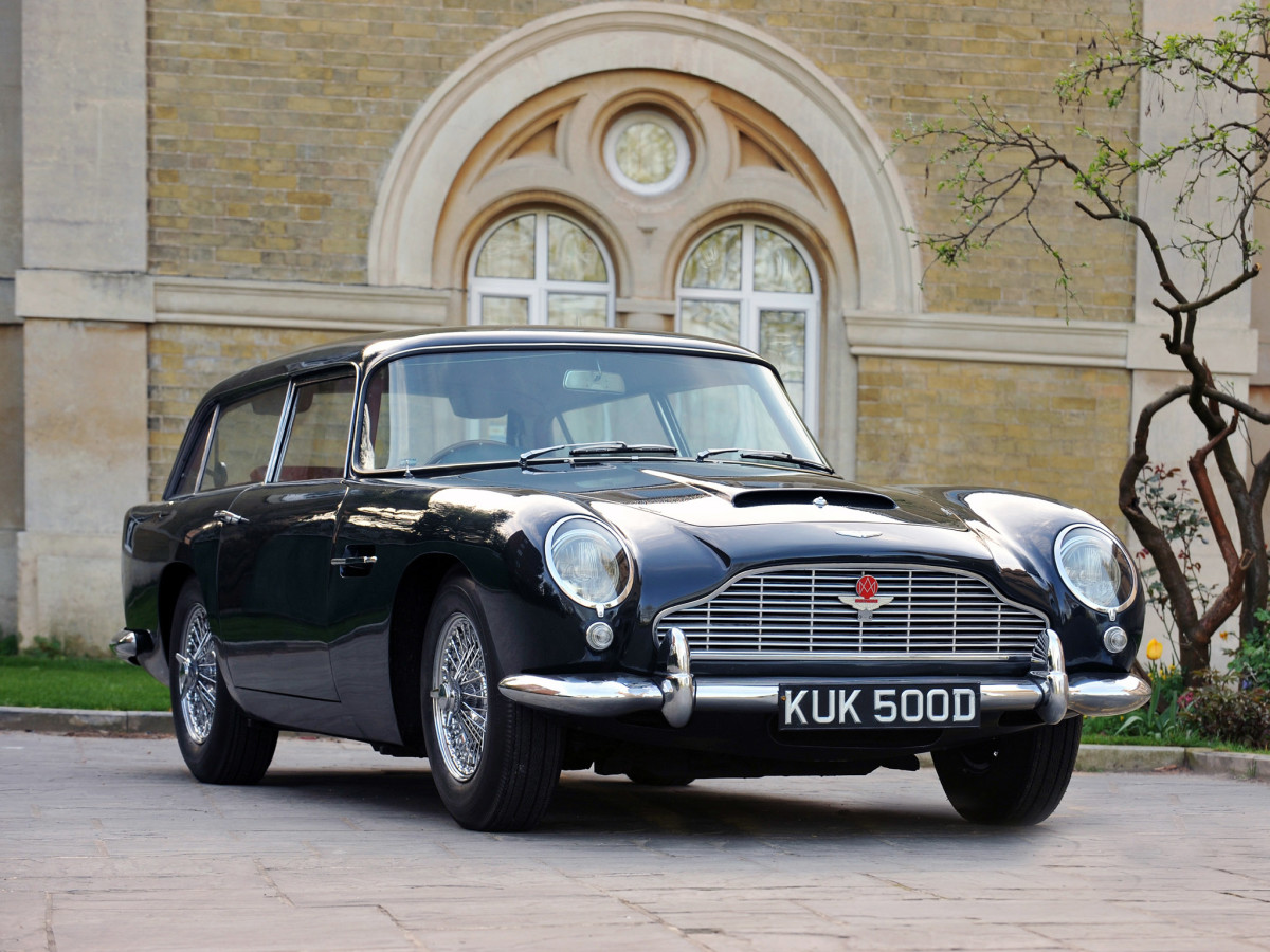 1965_Aston_Martin_DB5_Vantage_Shooting_Brake_by_Harold_Radford_001_3138