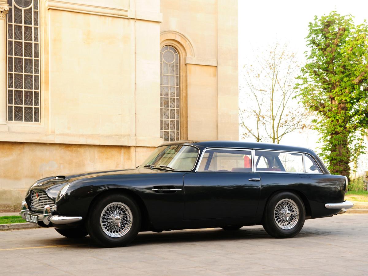 1965_Aston_Martin_DB5_Vantage_Shooting_Brake_by_Harold_Radford_005_9703