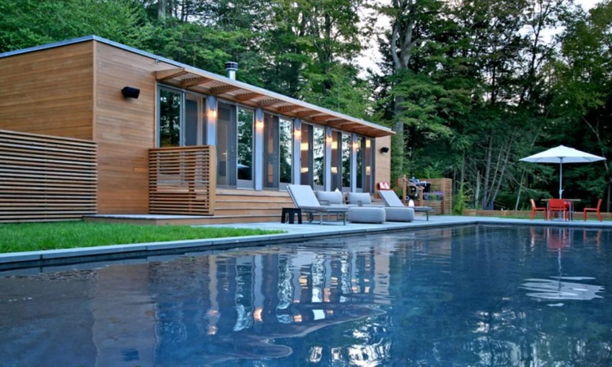 Connecticut-Pool-House-02-750x450.jpg
