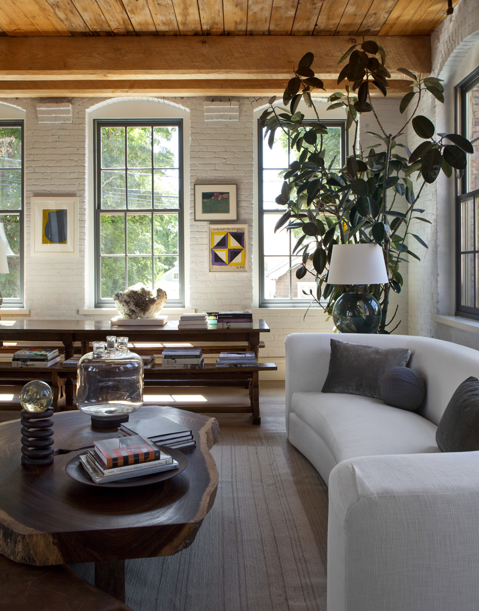 Sag Harbor House By P T Interiors With Images: Inside A Cozy And Relaxed Sag Harbor Getaway Home