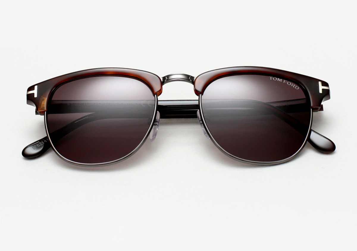 7beb0be3300 James Bond s  Spectre  Sunglasses Are What You Should Be Wearing ...