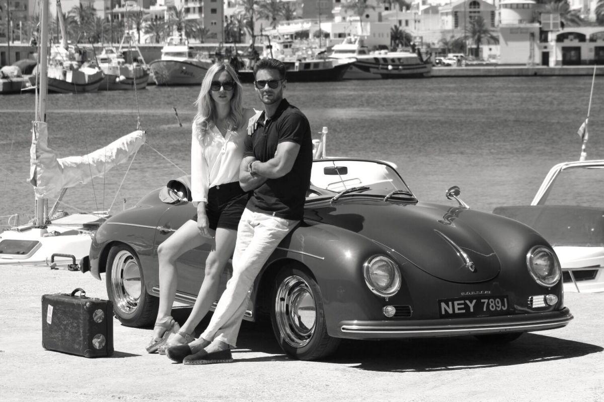 Few Better Combos Than A Porsche 356 Speedster And A Beautiful Girl - Airows-9298