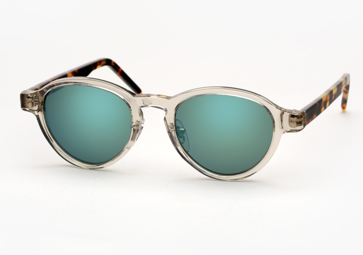 2d7ab0b1bf04 Get Summer Ready With These Sunglasses That Mix Transparent With ...