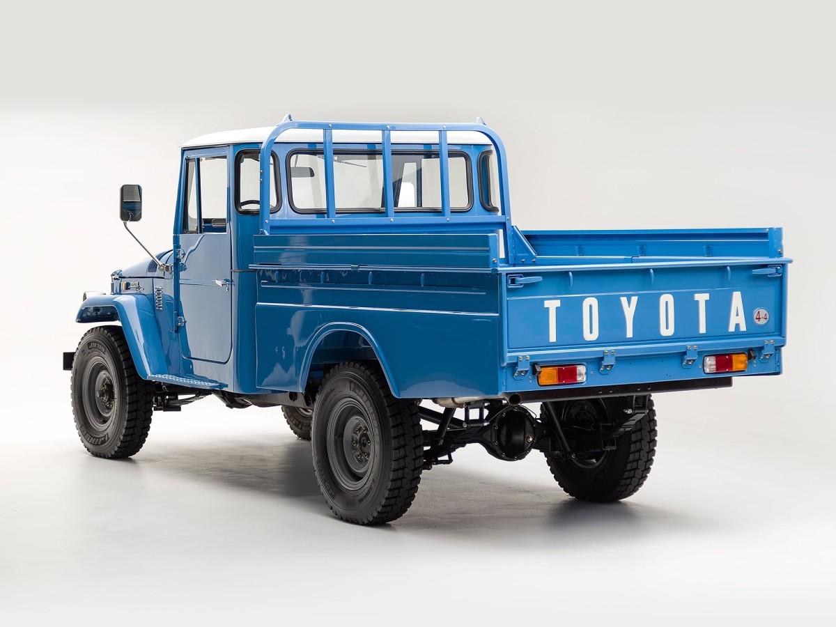 The Classic Motor Company